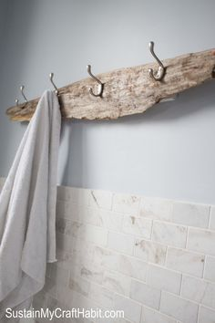 Drfitwood beachy towel rack- SustainMyCraftHabit.com Snickerdoodle Sunday Party