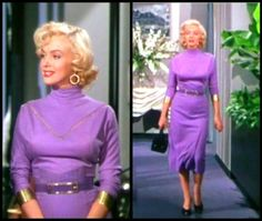 Marilyn Monroe. I LOOOVE this color dress n bracelets! Classic always gorgeously classic!