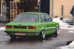 BMW E21 ; Airride ; #lownmoddedfam