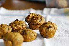 Scarlet Threads: Tasty Tuesday: Pumpkin Chocolate Chip Muffins