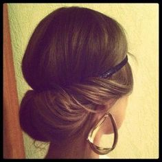 How to Chic: GRECIAN INSPIRED HAIRSTYLE