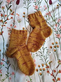 Ravelry: Simple Toe-Up Socks in Four Sizes pattern by Kim Brody Salazar Sock Knitting, Chrochet, Sock Shoes, Ravelry, The Row, Crocheting, Toe, Sewing, Simple