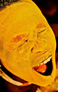 Suri smile by 'Life on Edge' Habari Productions  Indulging in violent local sports and ritual scarification, pain is a welcomed part of the social structure. Facial paints and scars are often ritualistic and are used to attract women and intimidate enemies in battle.