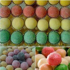 Como fazer doce de Leite Ninho Colorido  http://receitasnacozinha.com.br/como-fazer-doce-de-leite-ninho-colorido/  curte e compartilhe.                                                                                                                                                                                 Más