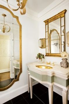 Chinoiserie Formal Powder Room - Traditional - Powder Room - cleveland - by House of L Interior Design