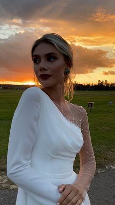 Dream Wedding Dresses, Bridal Dresses, Bridesmaid Dresses, Prom Dresses, Elegant Dresses, Pretty Dresses, Beautiful Dresses, Classy White Dress, Glamouröse Outfits
