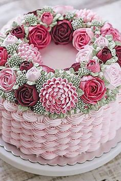 18 Elegantly Colored Wedding Cakes ❤ See more: http://www.weddingforward.com/colored-wedding-cakes/ #weddings