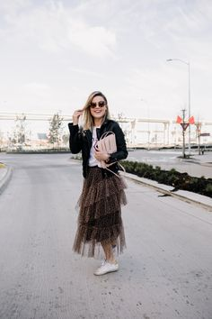 How To Wear a Tulle Skirt - Uptown with Elly Brown Fashion Group, Love Fashion, Fashion Women, Cool Outfits, Casual Outfits, Mom Style, Girl Style, Fashion And Beauty Tips, Girl Haircuts
