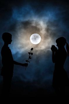 Night romance by Patrik Kobersky - romance by moonlight, nothing so special! Moon Photos, Moon Pictures, Luna Moon, Kunst Online, Shoot The Moon, Sun Moon Stars, Romance, Good Night Moon, Dark Night