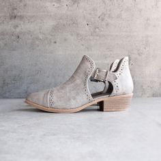 desert ankle bootie - grey - shophearts