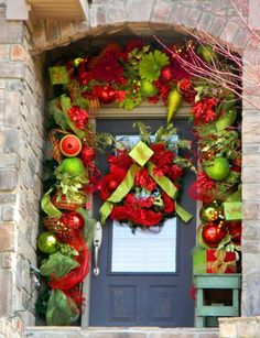 Image Detail For  Bright And Cheerful Christmas Front Door Decor