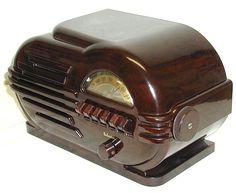 RadiolaGuy.com : plastic radio cabinets