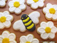 Bee and flower cookies for the Vancouver Farmer's Market.