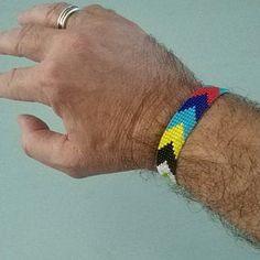 Loom beaded bracelet with waxed cord / Beaded bracelet made with Miyuki delica beads / Native inspired bracelet Boho Gypsy, Hippie Boho, Bohemian Beach, Gypsy Bracelet, Heart Bracelet, Festival Hippie, Festival Bracelets, Bead Loom Bracelets, Colorful Bracelets
