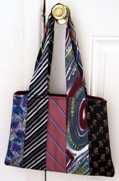 Recycled Neck Tie Purse. Like the handles on this one, no tutorial tho...
