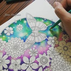The Space Garden. Magical Jungle by Johanna Basford. Colored Pencil Tutorial, Colored Pencil Techniques, Coloring Book Art, Colouring Pages, Adult Coloring, Magical Jungle Johanna Basford, Secret Garden Colouring, Johanna Basford Coloring Book, Coloring Tutorial