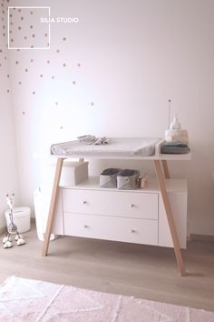 table à langer scandinave chambre bébé commode