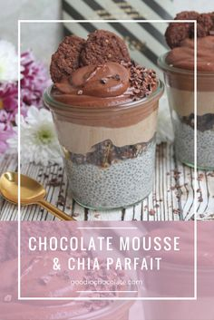 This is such an easy and fuss free dessert. The contrast between the crunchiness of the crumble and the creamy chia pudding is literally heaven in a mouth! Click the photo for the recipe. Healthy Treats, Healthy Desserts, Chia Pudding, Parfait, Mousse, Vegan Recipes, Contrast, Heaven, Chocolate
