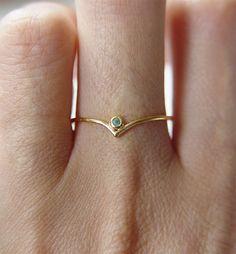 Emerald Dot Ring by #Friedasophie - www.friedasophie.etsy.com