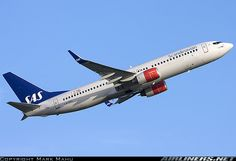 Boeing 737-883 aircraft picture