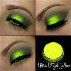 sombra fluorescente amarelo asa de borboleta maquiagem neon                                                                                                                                                                                 Mais