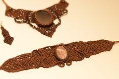 Σετ κοσμηματων με ημιπολυτιμους λιθους. Handmade macrame jewelry - Heraki.gr