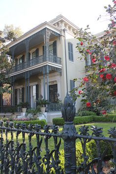 The New Orleans Garden District area was originally developed between 1832 to It may be one of the best preserved collection of historic southern mansions in the United States. Louisiana Homes, New Orleans Louisiana, Southern Mansions, Southern Homes, New Orleans Architecture, Southern Architecture, Classical Architecture, Les Seychelles, New Orleans Garden District