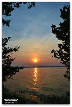 Kentucky Lake / looks like a scene at Lake Barkley