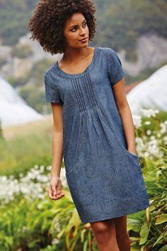 Use Lisette Portfolio dress, create pintucks in center piece.