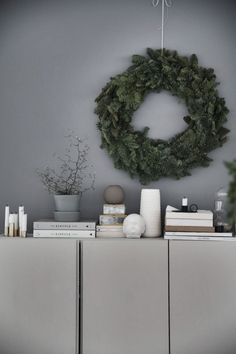 IKEA-hack: Inspiration till att göra om skåpet Ivar från IKEA - Lilly is Love Ivar Ikea Hack, Ikea Hacks, Christmas Feeling, Christmas Decor, Green Christmas, Xmas, Small Space Interior Design, Painting Cabinets, Mid Century Furniture