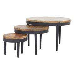 Salontafelset Lizz van het merk Old Wood is een 3-delige set bestaande uit drie tafels in diverse afmetingen. Elke tafel is een uniek item hierdoor hebben ze allemaal hun eigen kleur en afwerking.  Afmeting grote tafel: B77 x D77 x H48 cm.  Afmeting middelste tafel: B55 x D55 x H39 cm.  Afmeting kleinste tafel: B36 x D36 x H30 cm.