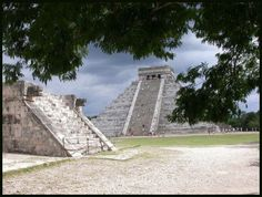 The Temple of Kulkulcan at Chichen Itza Michigan Travel, Chicago Travel, Physical Science, Belize, Beautiful Places, Mexico, Clouds, History, Temple