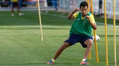 """Sumar los tres puntos contra el Numancia nos daría la vida"" Villarreal Cf, Running, Sports, Life, Hs Sports, Keep Running, Why I Run, Sport"