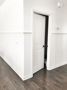 board and batten tutorial - Mobile Home Decorating, Hallway Decorating, Home Remodeling Diy, Home Renovation, Home Improvement Projects, Home Projects, Stair Paneling, Panelling, Board And Batten