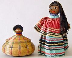The Seminoles originated from a mix of local Indians, immigrant Creek Indians from Georgia and Alabama, and runaway black slaves, and received their name in the Native American Dolls, Native American Artifacts, Native American Indians, Seminole Indians, My Heritage, Nativity, North America, Folk Art, Gourd Art