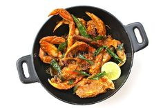 If you love crabs like I do, then you ought to try my favorite Malaysian Dry Curry Crabs recipe. Get your fishmonger to prep the crabs, dis...