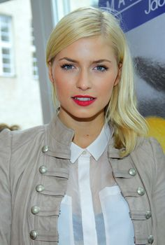 lena gercke starportr t news bilder actresses swimsuits and girls. Black Bedroom Furniture Sets. Home Design Ideas