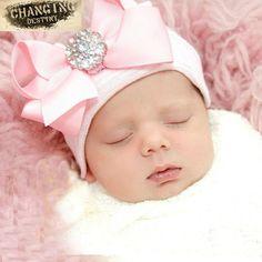 Newborn Beanie, Newborn Bows, Baby Newborn, Baby Girl Bows, Girls Bows, Baby Girls, Boy Hospital Hat, Bonnet Rose, Winged Liner