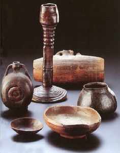 Wooden objects from Obetflacht, Germany, late 6th/early 7th century. Anglo-Saxons may have had something similar.