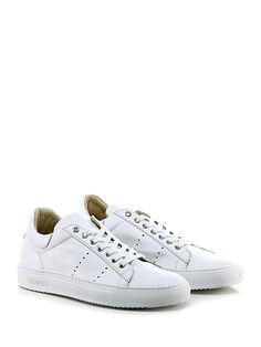 CESARE P. - Sneakers - Uomo - Sneaker in pelle vintage con suola in gomma. Tacco 30. - BIANCO - € 238.00