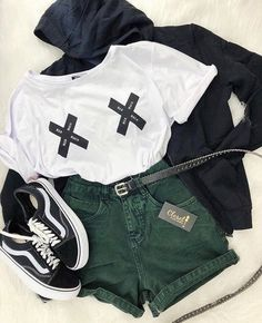 [New] The Best Outfit Ideas Today (with Pictures) These are the best outfit ideas today (with pictures). According to outfit experts, the Tomboy Outfits, Cute Swag Outfits, Teenager Outfits, Teen Fashion Outfits, Grunge Outfits, Outfits For Teens, Pretty Outfits, Stylish Outfits, Summer Outfits