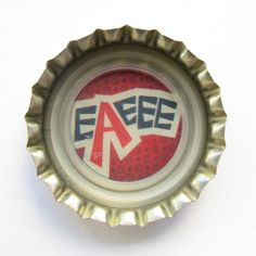 "Coca-Cola Brasil promotional ""eaeee"" bottle cap."