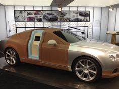 Concept car built out of clay : Lifesize