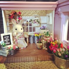 Photo Mar 15, 9 12 42 PM Sylvanian Families, Bunny Toys, Modern Dollhouse, Doll Houses, Craft Tutorials, Miniatures, Teddy Bear, Dolls, Rose