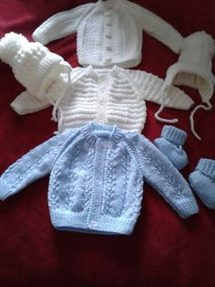 Instructions for blue cardigan for baby boy due in 3 weeks : Instructions for blue cardigan for baby boy due in 3 weeks Baby Boy Cardigan, Cardigan Bebe, Knitted Baby Cardigan, Knit Baby Sweaters, Knitted Baby Clothes, Blue Cardigan, Baby Cardigan Knitting Pattern Free, Kids Knitting Patterns, Baby Sweater Patterns