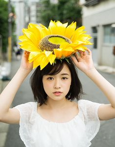 大原櫻子 Female Reference, Japan Fashion, Look At You, Art And Architecture, Pretty People, Cute Girls, Boy Or Girl, Short Hair Styles, Beautiful Women