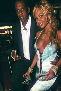 Stunning couple Bey n Jay Beyonce Knowles Carter, Beyonce And Jay Z, Mrs Carter, Queen B, Celebs, Celebrities, Night Out, Wonder Woman, Photoshoot