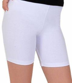 De Marseille legging van het merk Marianne is een witte, katoenen short legging met perfecte stretch, die ideaal is om onder een jurkje of rokje te dragen of om er bijvoorbeeld mee te sporten! Verkrijgbaar in een grote maat en in het zwart. Bermuda Shorts, Women, Fashion, Marseille, Moda, Fashion Styles, Fashion Illustrations, Shorts, Woman
