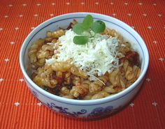 Těstoviny se sušenými rajčaty :: Domací kuchařka - vyzkoušené recepty
