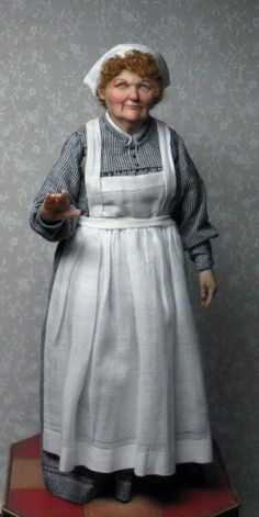 1:12th scale miniature kitchen cook by Sharon Cariola on Facebook - Doll Artist
